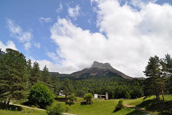 Valle De Hecho Pirineos Selva De Oza Información Turística Para Sus Vacaciones Viajes O Fin De Semana